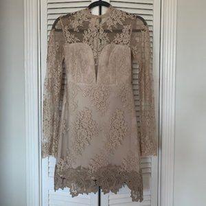 Dresses & Skirts - Lace neutral mini dress - small